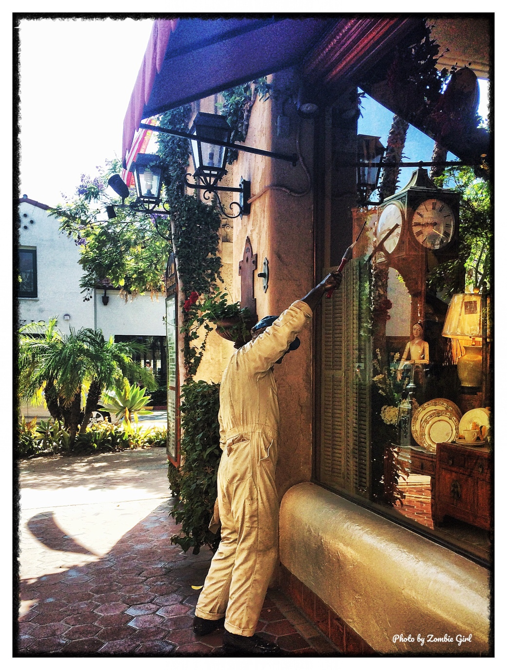 These realistic statues were everywhere and really added to the artsy vibe of Santa Barbara